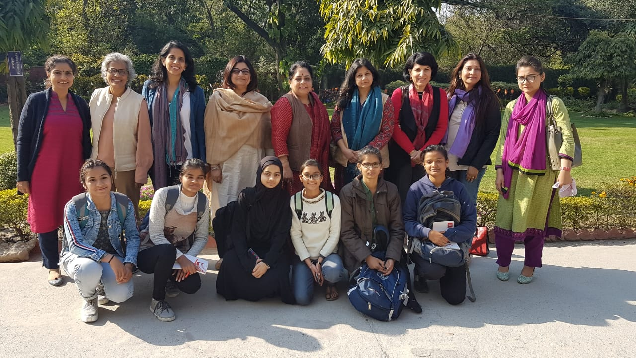 GLOW COMMUNITY- Mentors support girls at Janki Devi Memorial College